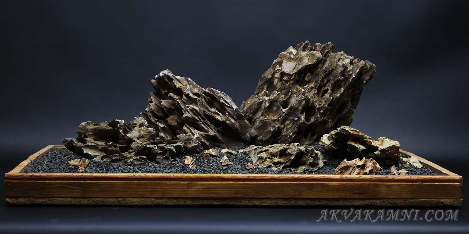 дизайн аквариума камнями